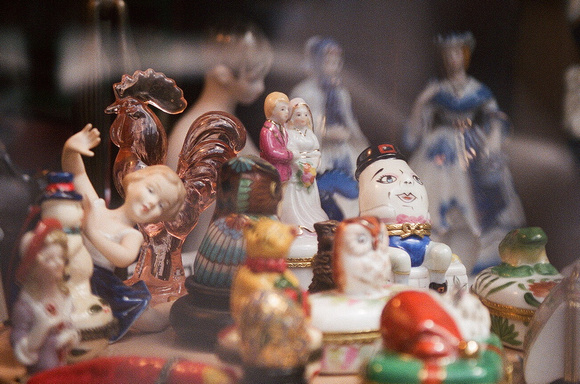 Shop Figurines 4 (New Orleans)